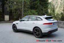 JaguarFPace_04