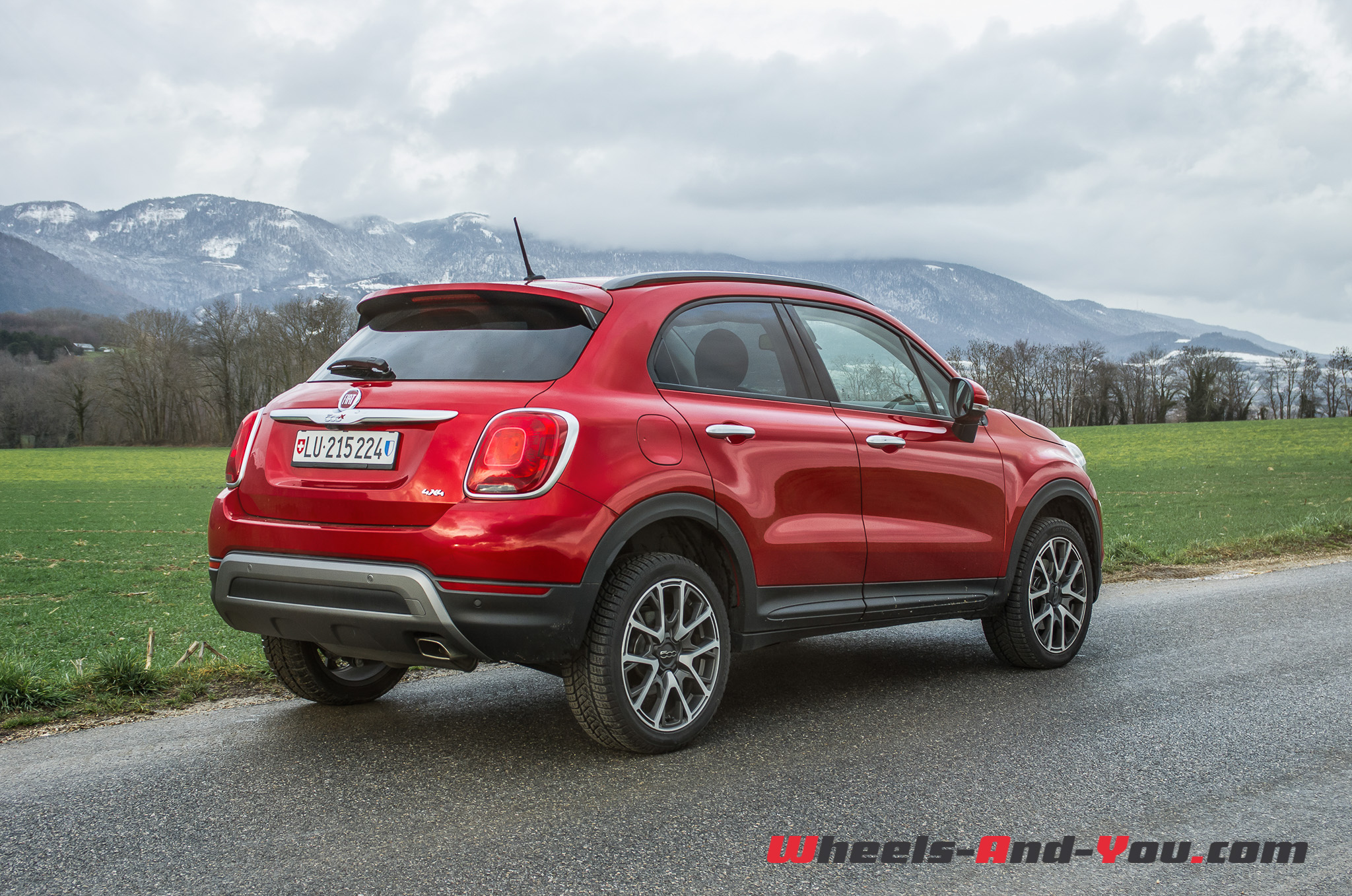 essai fiat 500x cross plus une baroudeuse en tenue de. Black Bedroom Furniture Sets. Home Design Ideas