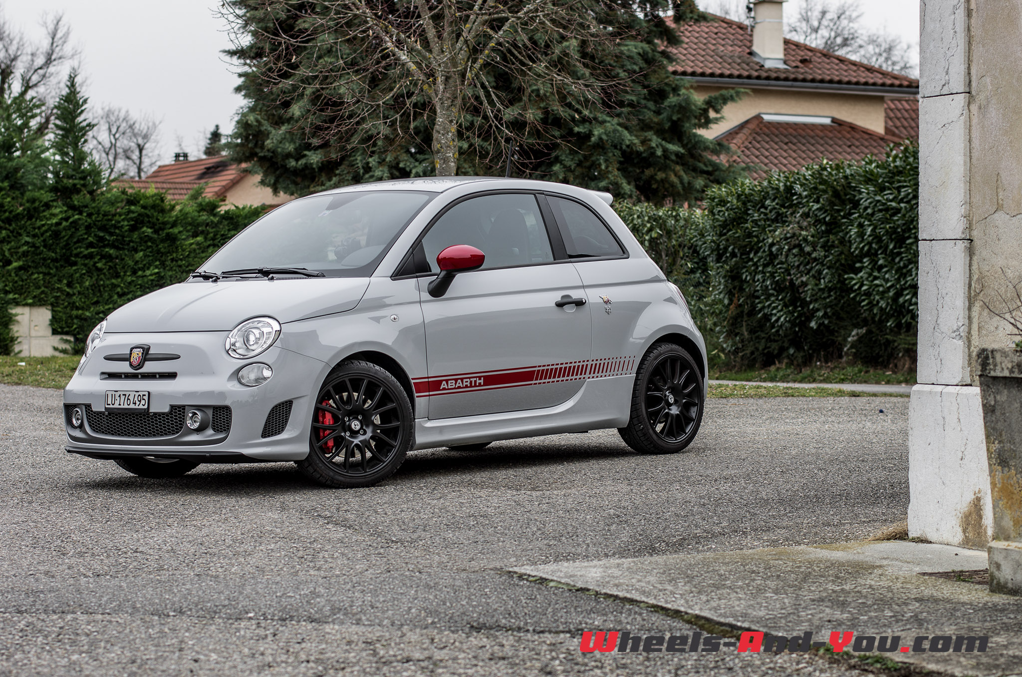consommation fiat 500 abarth 135 voiture inspirante. Black Bedroom Furniture Sets. Home Design Ideas
