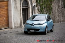 RenaultZOE_R240_09