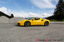 essai ferrari 488 spider un maillot jaune sous les toiles wheels and. Black Bedroom Furniture Sets. Home Design Ideas