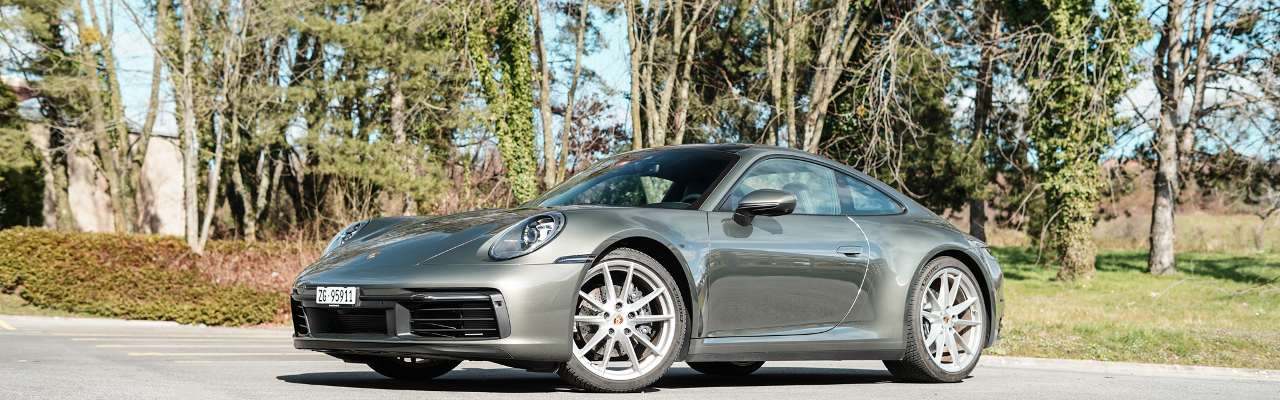 Essai – Porsche 911 (992) Carrera : Le mythe intemporel